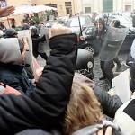 Le proteste in tutta Italia si stanno inasprendo pericolosamente